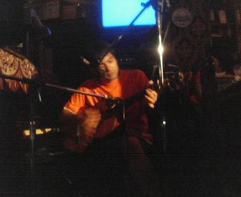 そしてマエタケスタ!ギターへ。